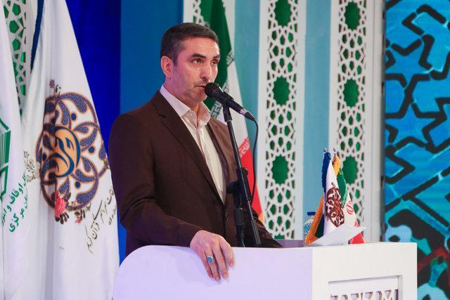 تاکید استاندار مرکزی بر پرداخت مطالبات برق باختر توسط سازمان ها و مردم