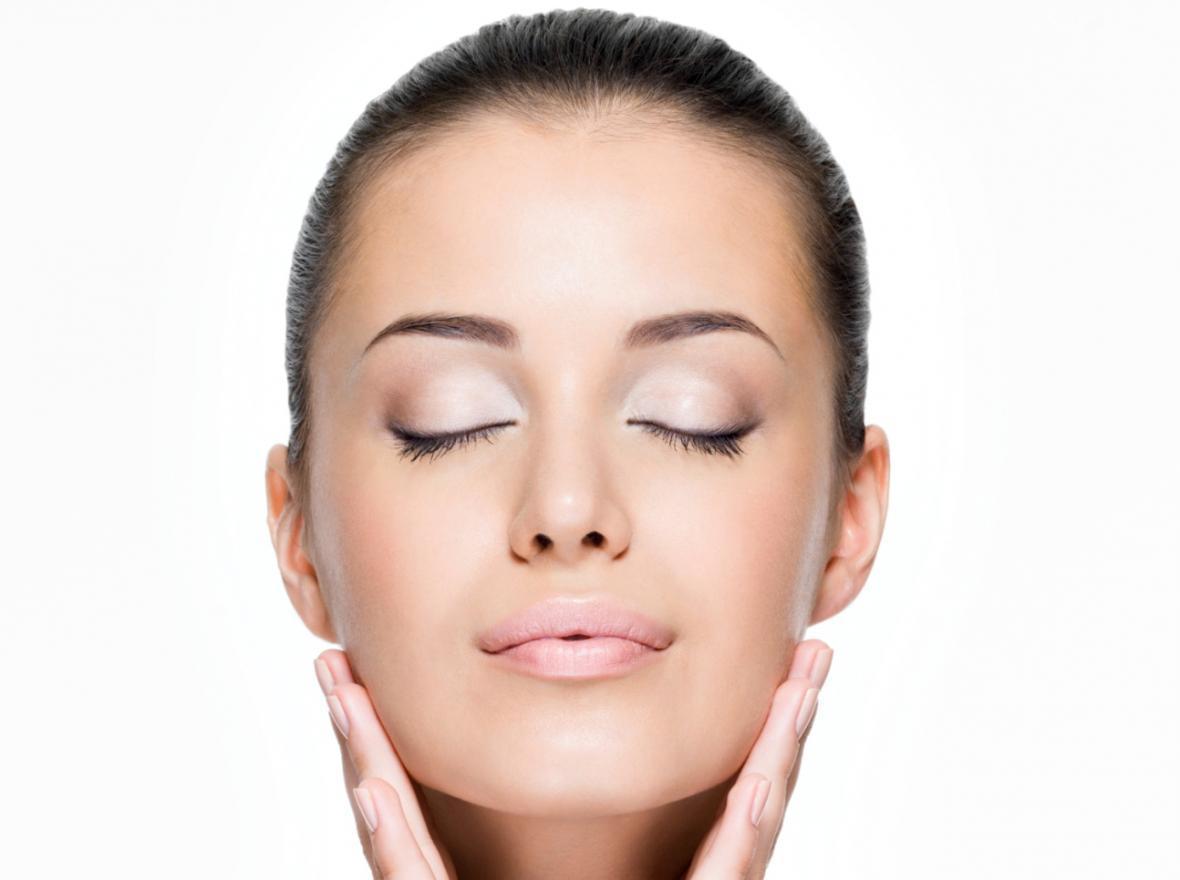 پوستی شفاف و بدون لک؛5 خاصیت ناشناخته آووکادو برای زیبایی پوست