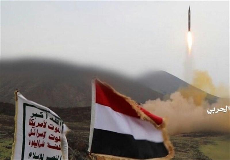 یمن، شلیک 3 موشک زلزال به مواضع نظامیان سعودی در عسیر
