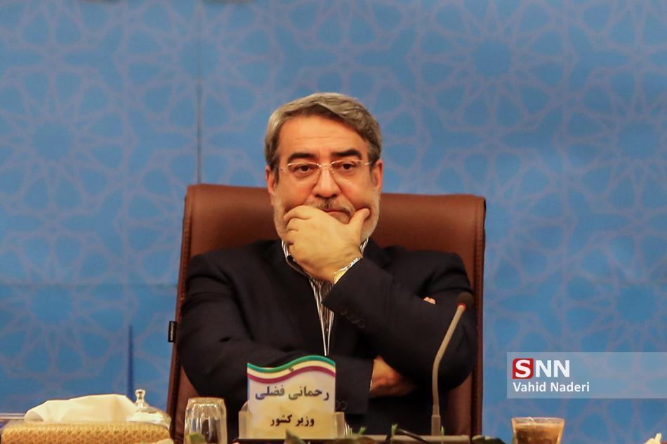 عدم قانع کردن نمایندگان از پاسخ های رحمانی فضلی، مقاومت کولیوند برای عدم استیضاح وزیر کشور