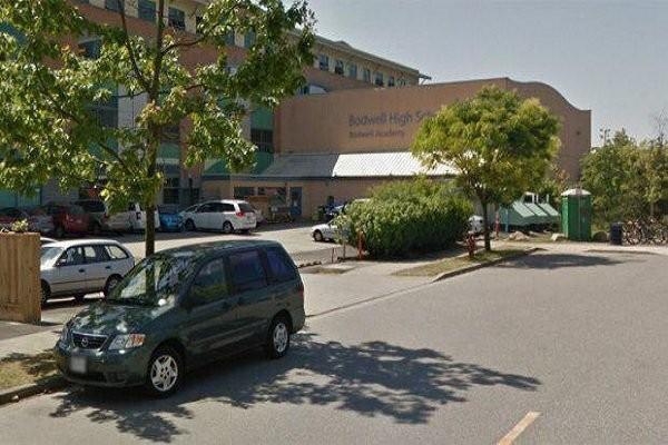 یک دبیرستان در شهر ونکوور کانادا تخلیه شد