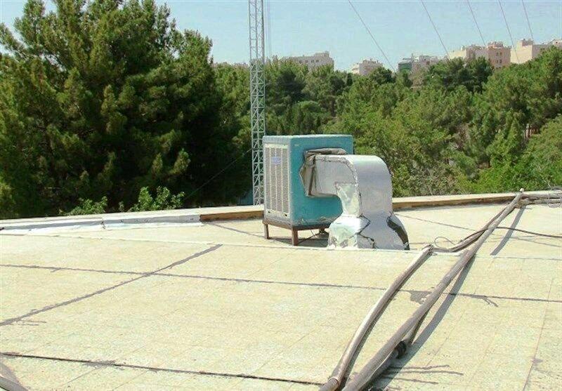 خبرنگاران تابستان کم آب شیراز زیر سایه سنگین کولرهای آبی