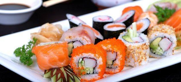 سوشی چیست؟ ، آشنایی با یکی از خوش طعم ترین غذاهای آسیایی