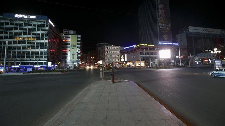 خبرنگاران قرنطینه سراسری در ترکیه به دنبال افزایش مبتلایان به کرونا