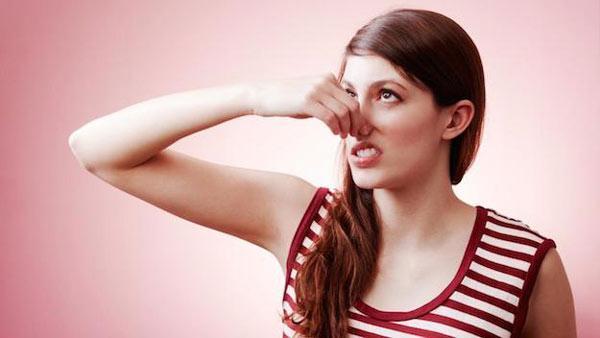 علت بوی واژن زنان چیست؟