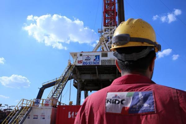 عملیات حفاری نخستین چاه نفت در سال 1400 تکمیل شد