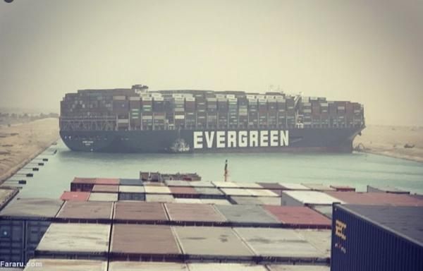 (ویدئو) یک کشتی کانال سوئز را بست