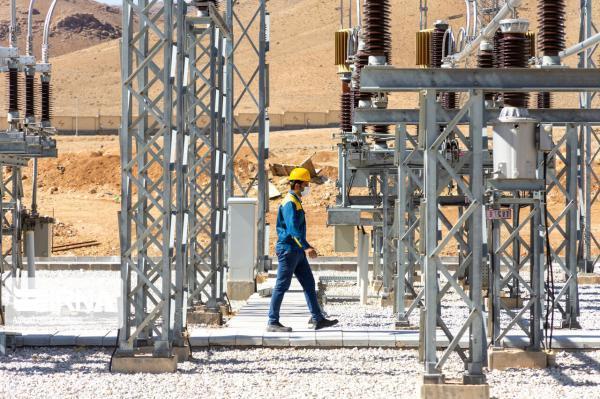 خبرنگاران تابستانی بسیار سخت پیش روی صنعت برق است