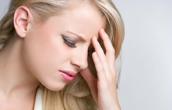 ارتباط بین رنگ مو و سردرد و روش های پیشگیری از آن