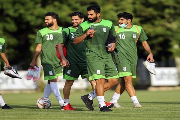 پخش زنده مسابقه فوتبال ایران-هنگ کنگ از شبکه سه