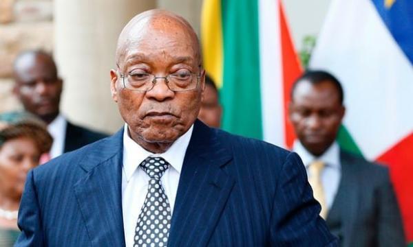 رئیس جمهور سابق آفریقای جنوبی خود را به پلیس تحویل داد