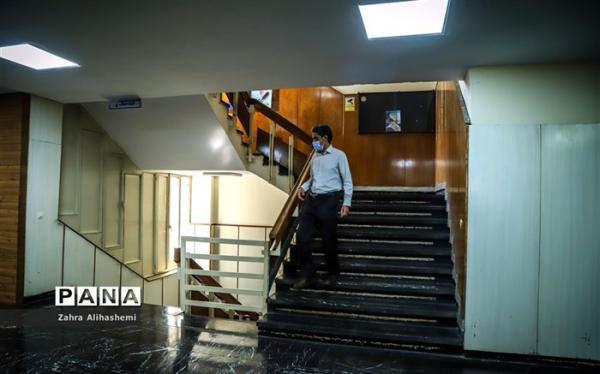 دورکاری 70 درصد از کارکنان ادارات استان تهران از شنبه